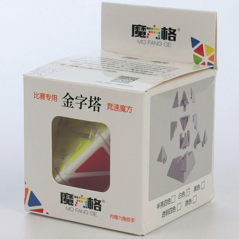 奇藝魔方格金字塔黑色白色魔術方塊 pyraminx 三階 3階 異形 魔方