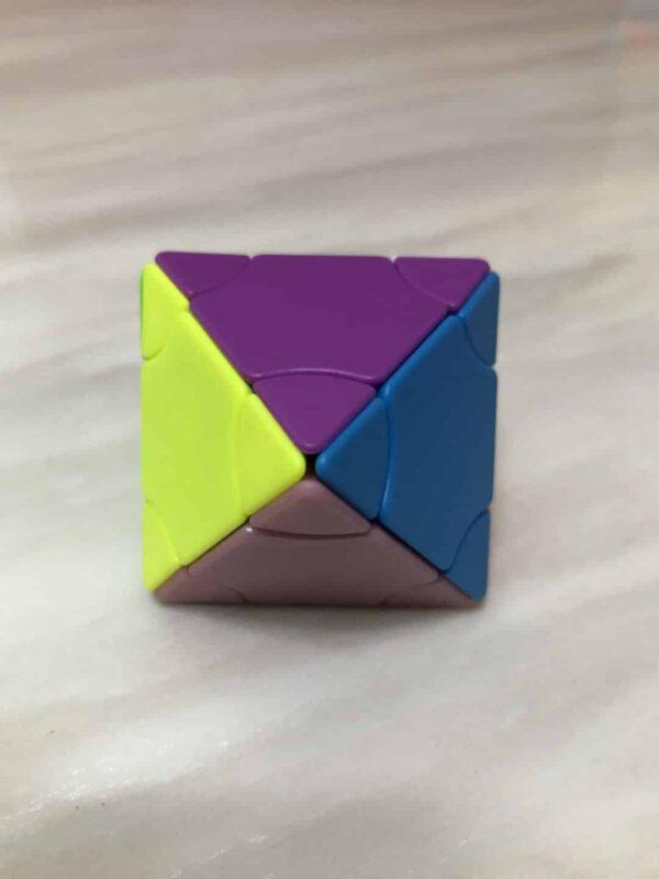 方是二階變幻塔八面體