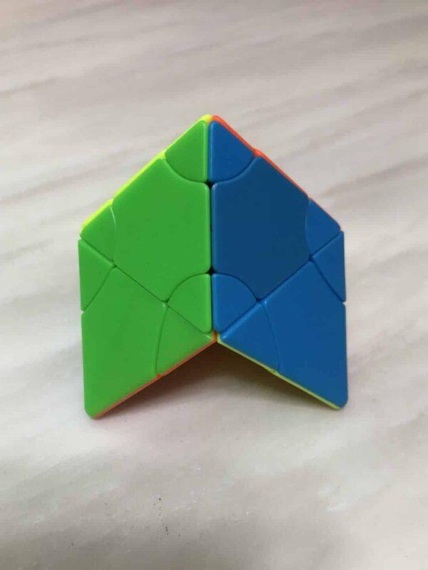 方是二階變幻塔六色菱晶