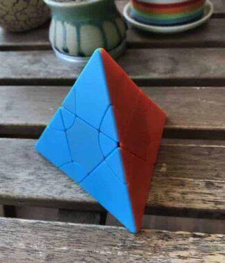 方是 二階變幻塔 金字塔 2階 魔術方塊 異形魔方 lim 雙子塔 八面體 六色菱晶 磨砂 彩色