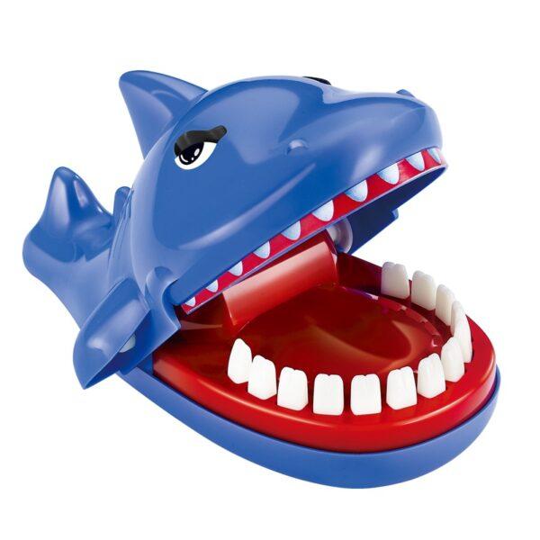 整蠱遊戲鲨鱼